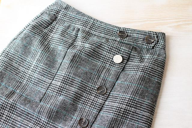 DoCLASSE(ドゥクラッセ)ツイード調・Aラインスカート口コミ